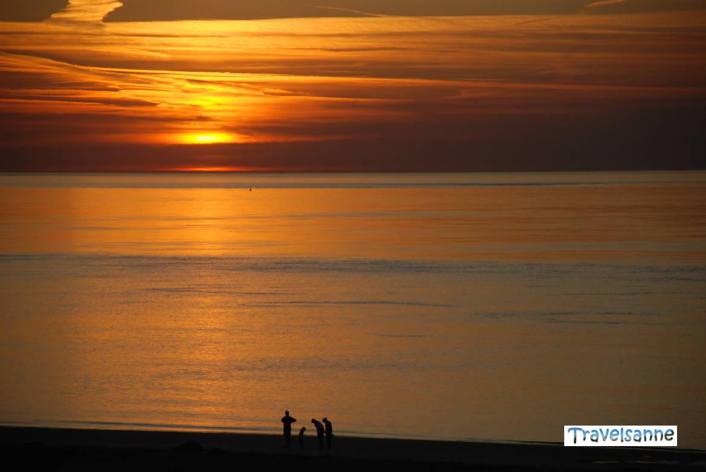 Sonnenuntergang am Strand De Banjaard, Zeeland, Holland