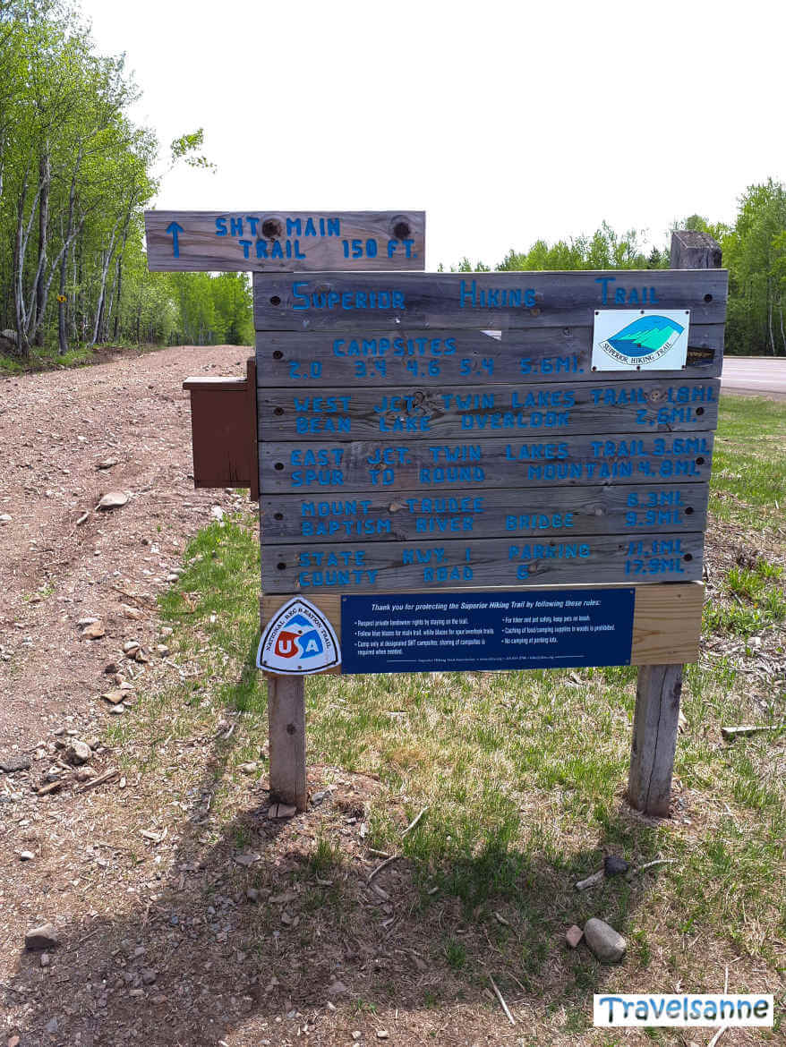 Trailhead des Superior Hiking Trails bei Silver Bay, Minnesota