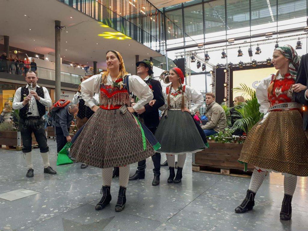 Die CMT-Partnerregion Kärnten zeigt traditionelle Tänze