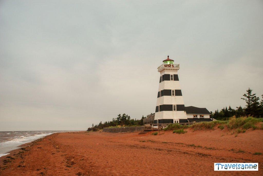 Übernachten in einem richtigen Leuchtturm: Das West Point Lighthouse auf PEI