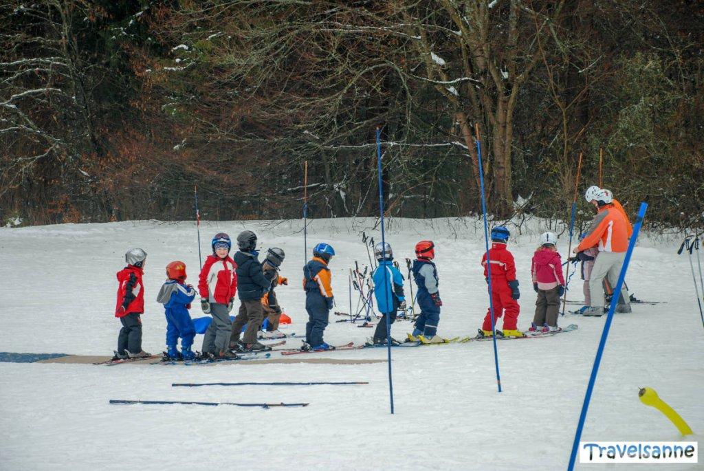 Anfänger-Skikurs am Skilift in Münsingen-Dottingen auf der Schwäbischen Alb