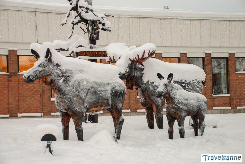 Abschiedsbummel durch das tiefverschneite Arvidsjaur in Schwedisch Lappland
