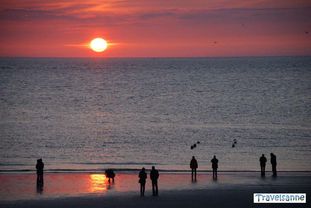 Sonnenuntergang im Urlaub auf Norderney mit Kindern