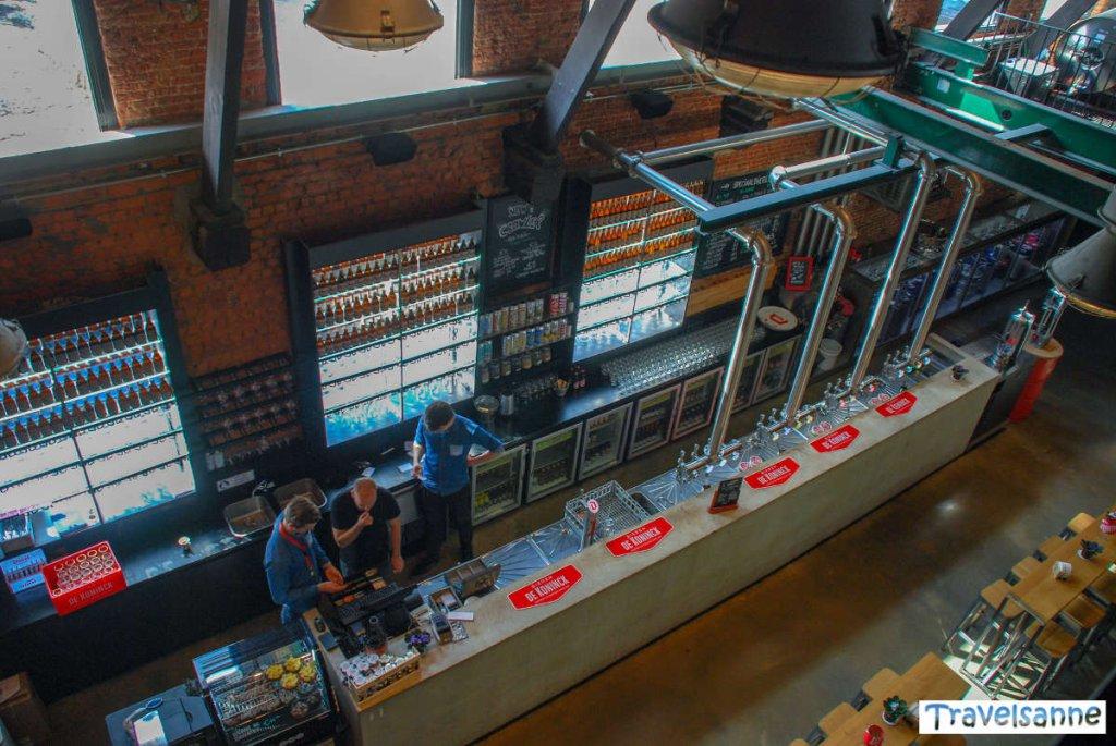 Die Bar der Brauerei De Koninck in Antwerpen