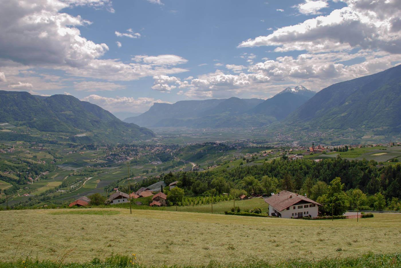 Familienurlaub Südtirol: Die 10 schönsten Wanderungen mit Kindern im Meraner Land