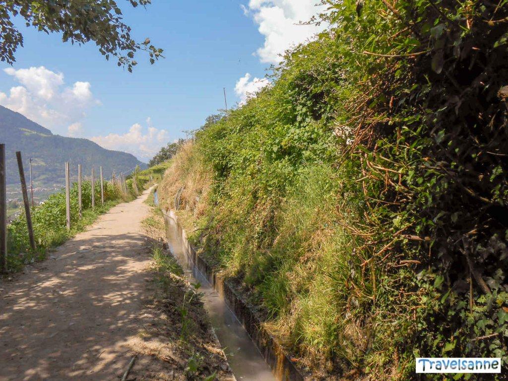 Wandern entlang der Waalwege im Meraner Land