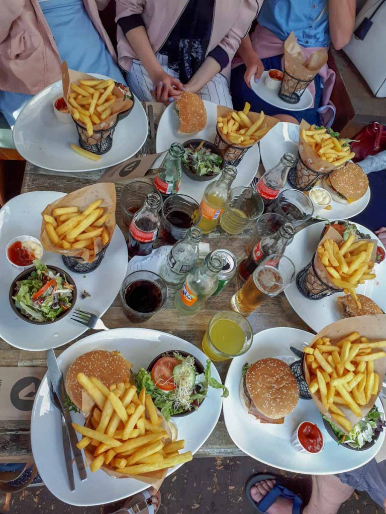 Abendessen in Burgh-Haamstede im Zeeland Urlaub