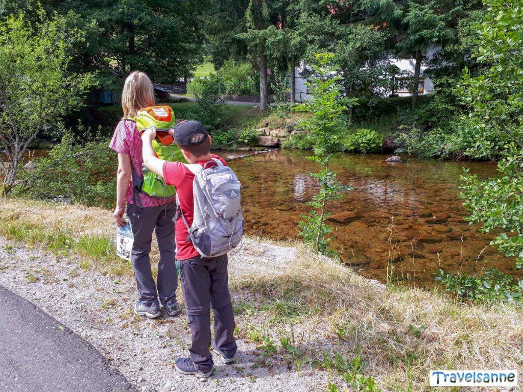 Start unserer interaktiven Familienwanderung in Baiersbronn-Mitteltal