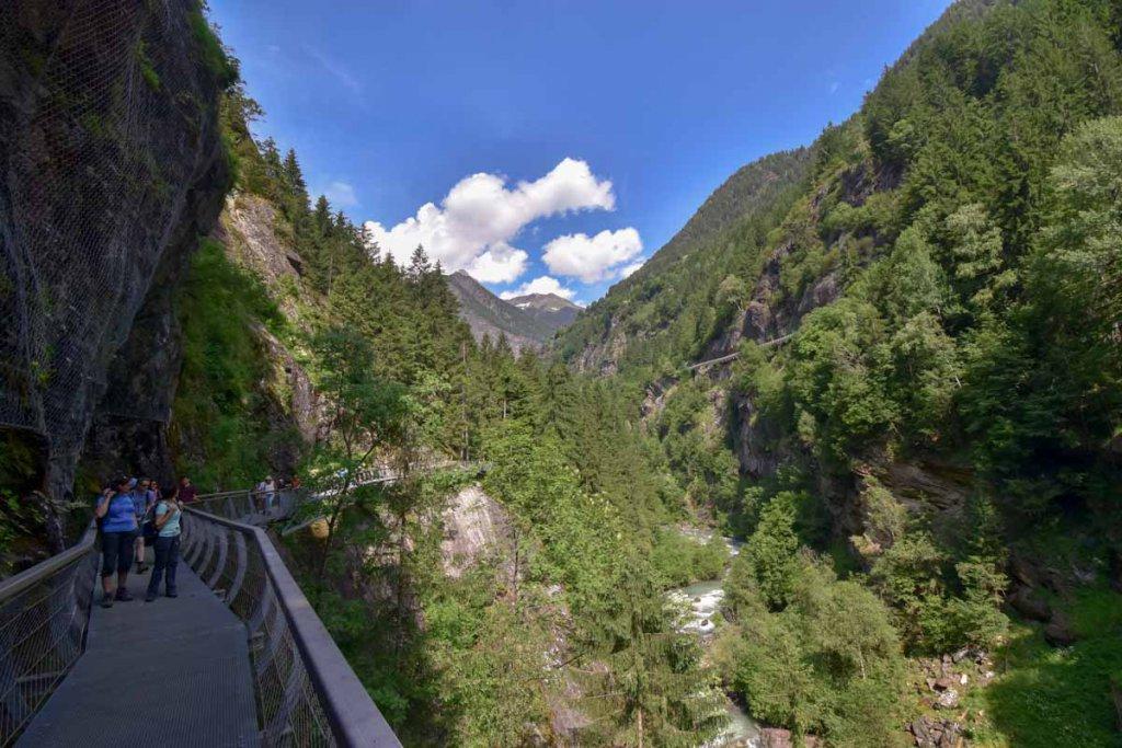 Wanderung auf dem spektakulären Passerschluchtenweg