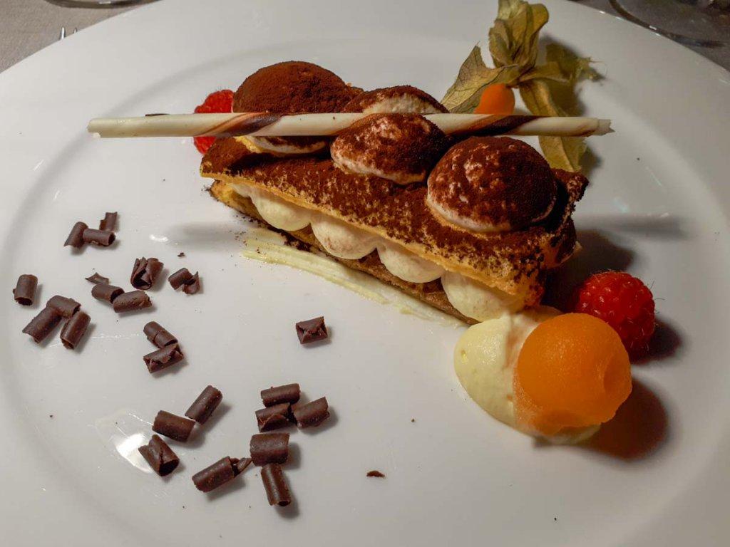 Der krönende Abschluss eines absolut leckeren Menüs im Hotel Der Weinmesser: Tiramisu