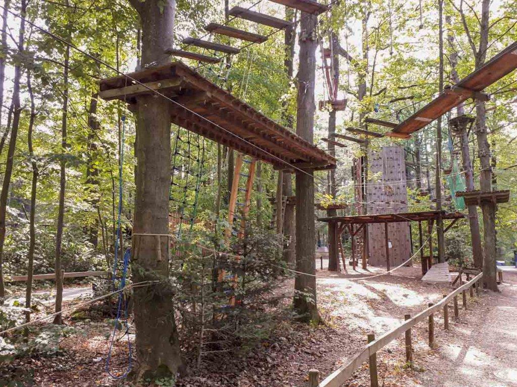 Beliebte Pforzheim Aktivität: Der Kletterwald im Wildpark