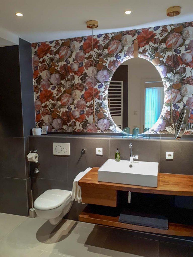 Unser Badezimmer in der Bannwald Lodge