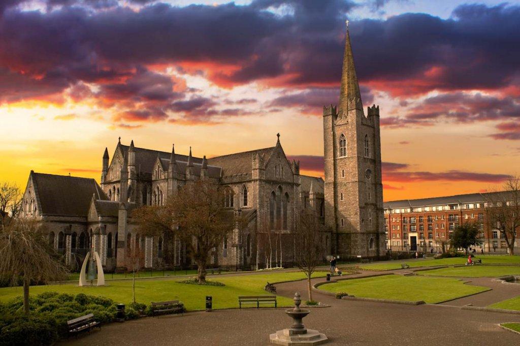 Irland Sehenswürdigkeiten: Die Saint Patrick's Cathedral in Dublin