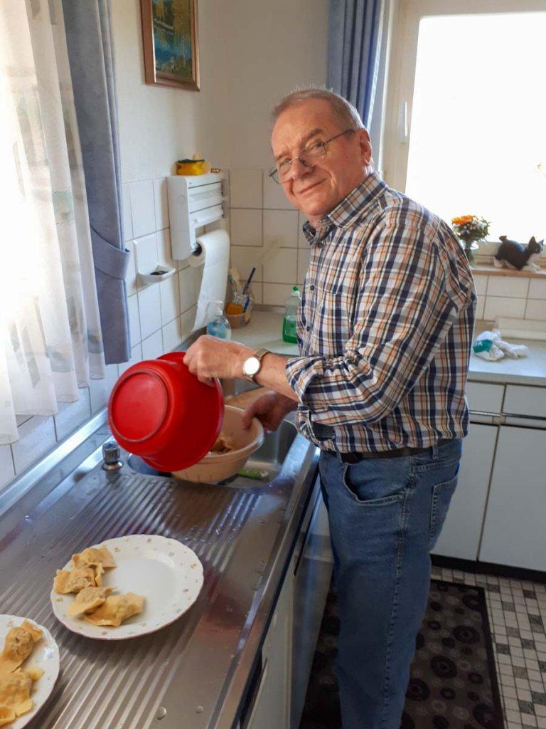 Lieblingsrezepte Aus Karles Kuche Schwabische Maultaschen Selber Machen Familien Reiseblog Travelsanne