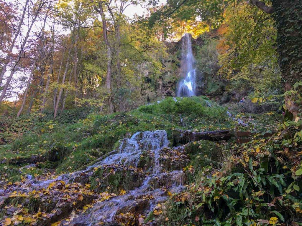 Schwäbische Alb: Wandern mit Kindern auf dem Wasserfallsteig
