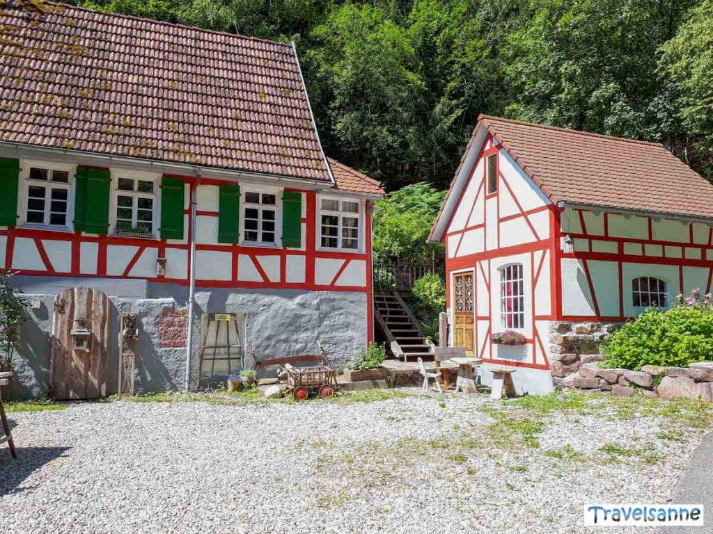 Schmucke Fachwerkhäuser in Kentheim im Nordschwarzwald