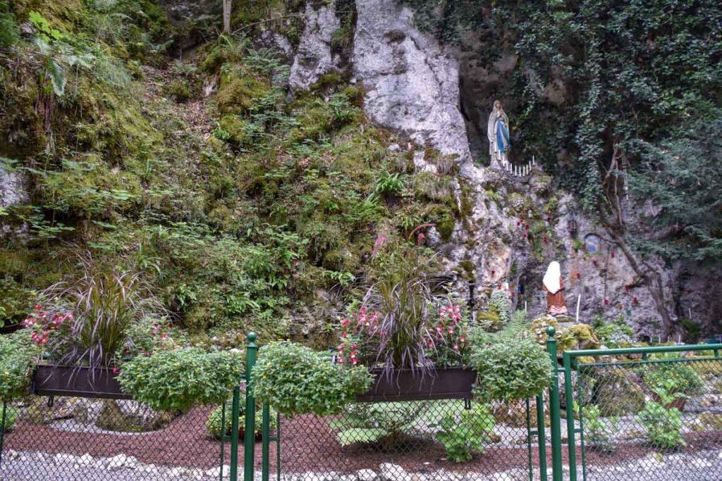 Die Lourdesgrotte im Liebfrauental bei Beuron