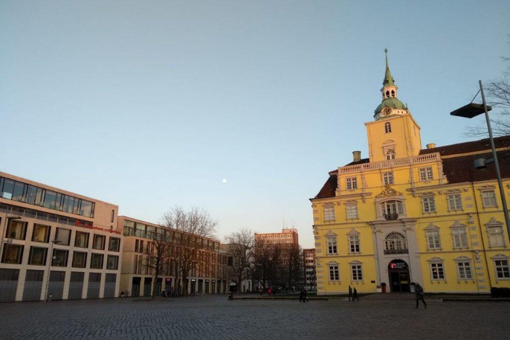 Städtetrip Niedersachsen: Der Schlossplatz in Oldenburg