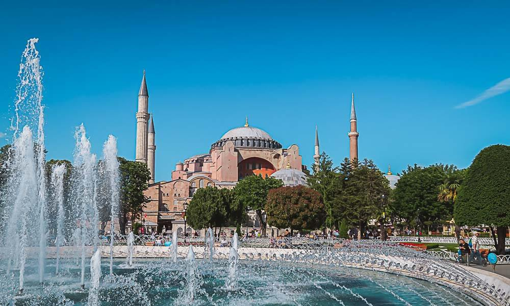 Reiseziel Türkei: Die berühmte Hagia Sophia in Istanbul