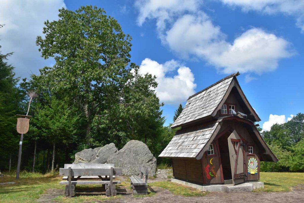 Highlight des Lautenbacher Hexensteigs: Das große Hexenhaus auf dem Sohlberg