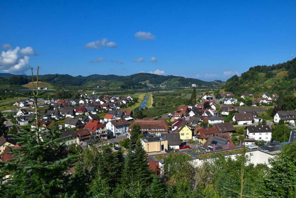 Blick auf das bezaubernde Renchtal im Schwarzwald