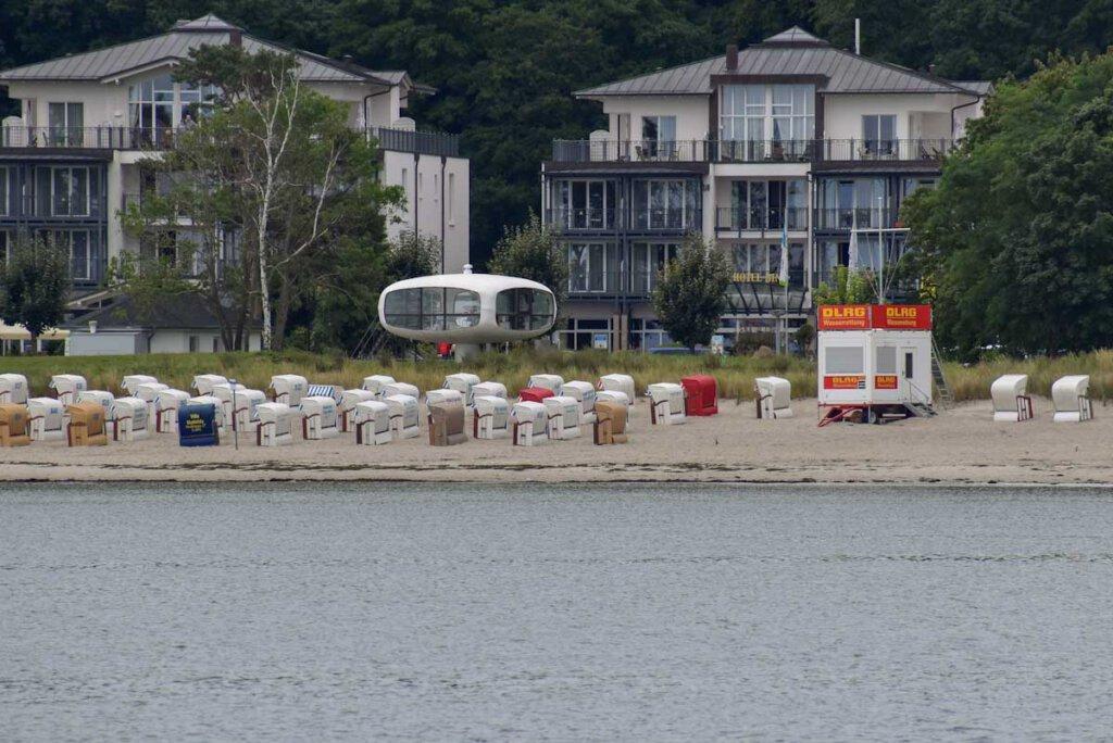 Der Müther Turm am Strand Binz erinnert an ein Ufo
