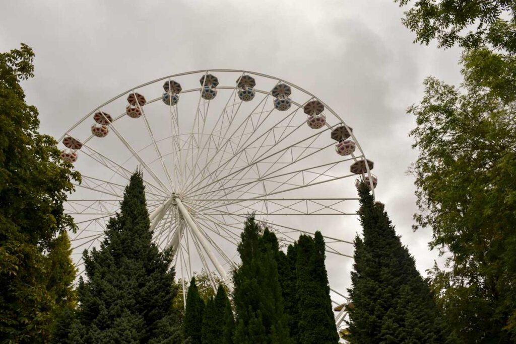 Schwäbische Alb Attraktion: Das Riesenrad des Freizeitparks Traumland