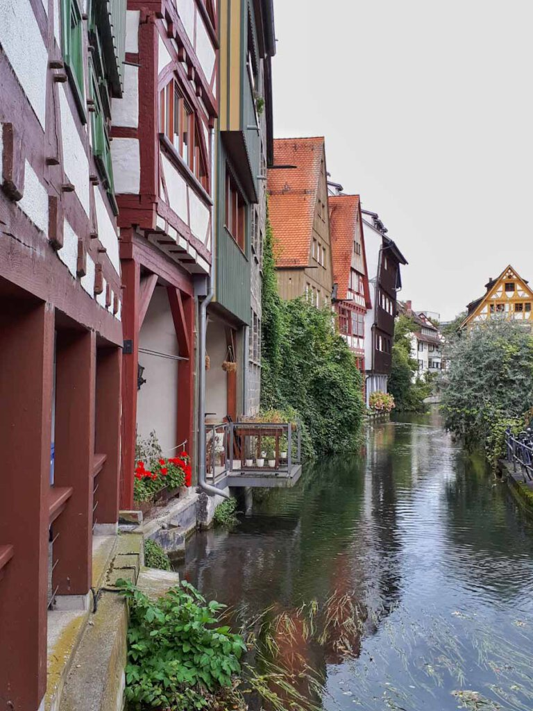 Sehenswert auch bei Regen: Die bunten Fachwerkhäuser im Ulmer Fischerviertel