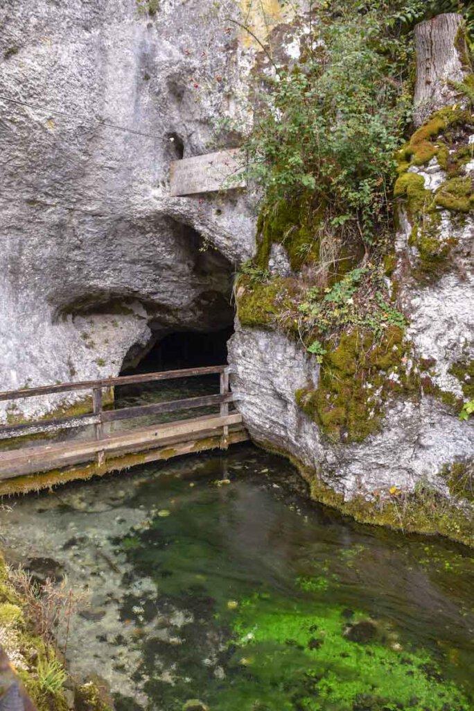 Magische Ausflugsziele Baden-Württembergs: Die Wimsener Höhle in Hayingen