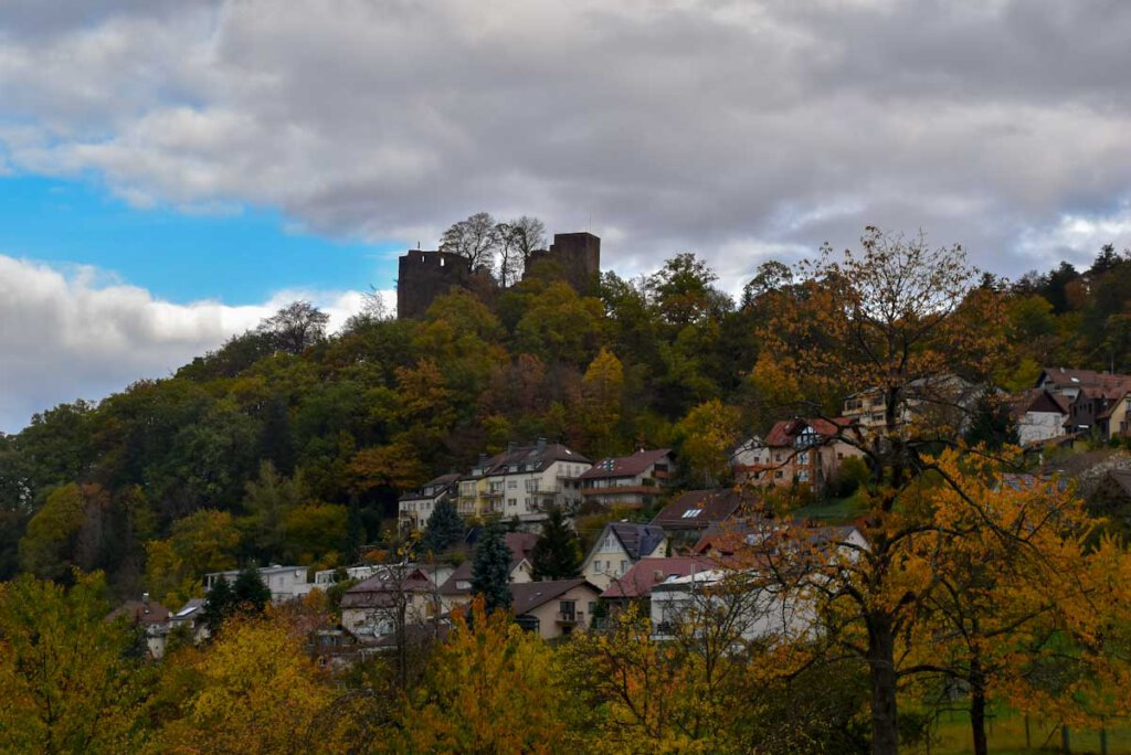 Ruine Ebersteinburg kurz vor dem Regen
