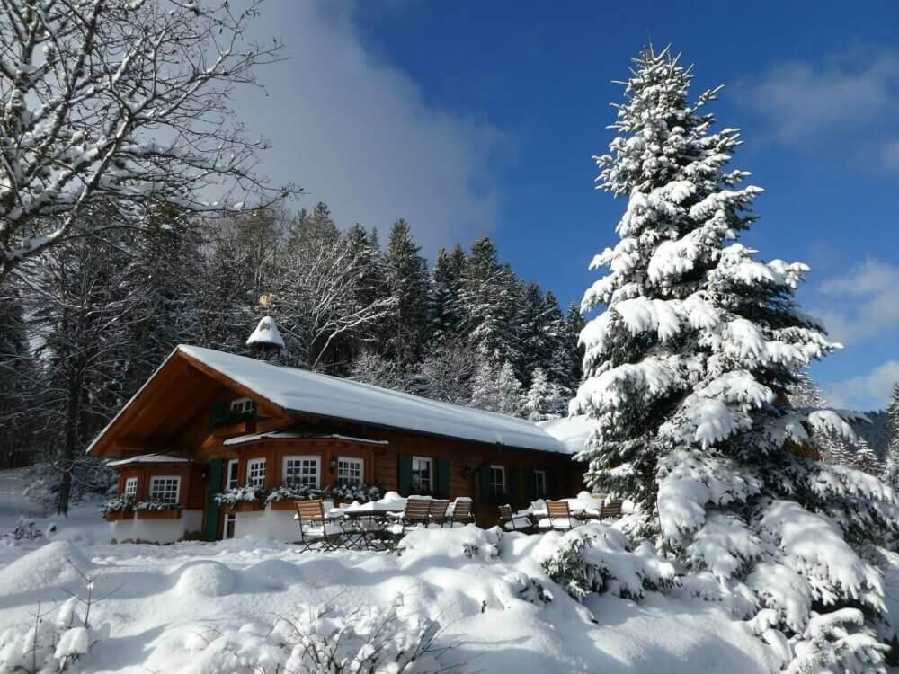 Winter wie aus dem Bilderbuch bei der Satteleihütte in Baiersbronn