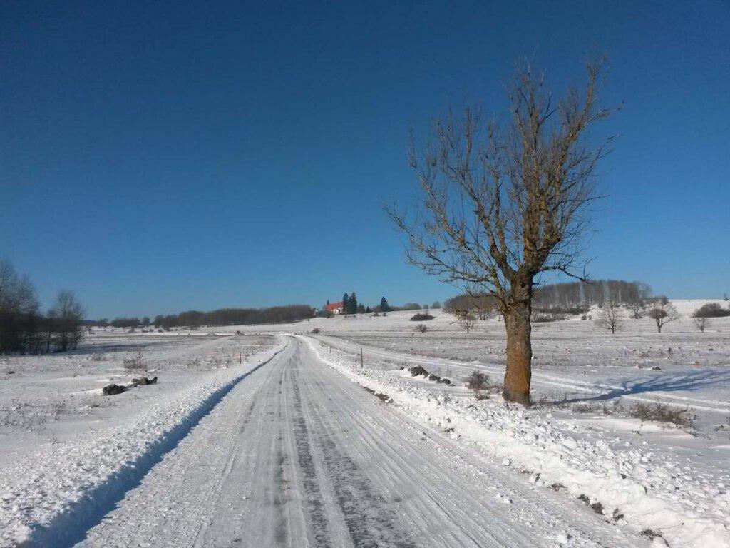 Der barrierefreie Winterwanderweg nach Gruorn auf der Schwäbischen Alb