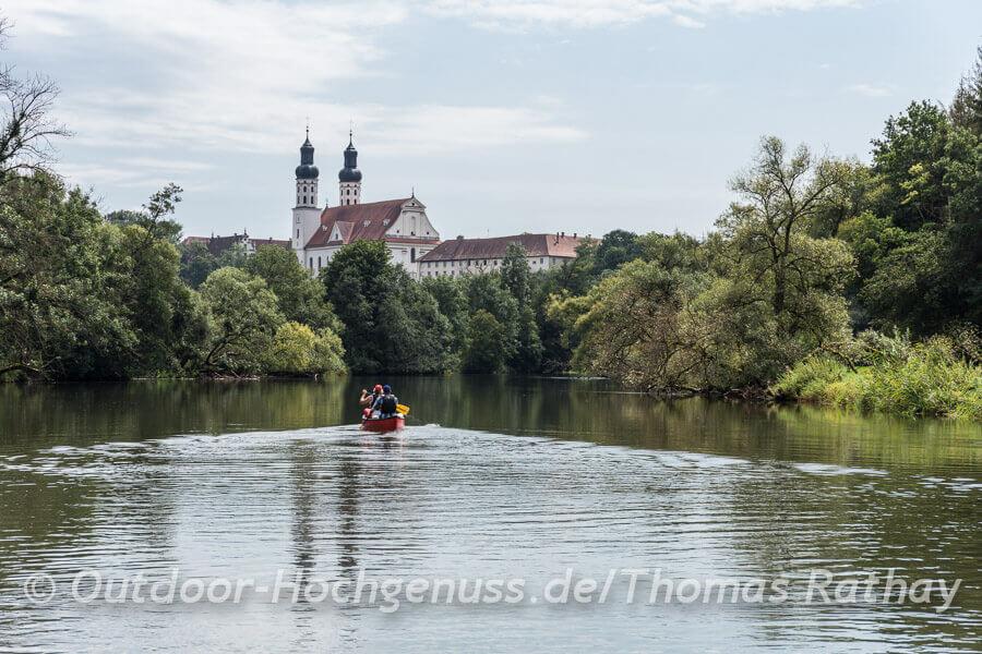Kanutrip durch die Donauwiesen in Baden-Württemberg