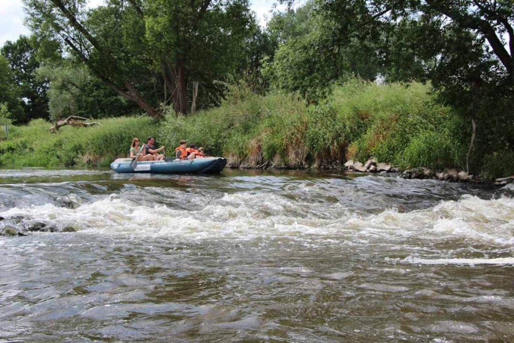Rafting mit Kindern auf der Neiße in Sachsen