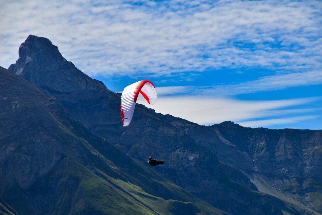 Die Jöchelspitze ist ein Paradies fürs Gleitschirmfliegen im Lechtal