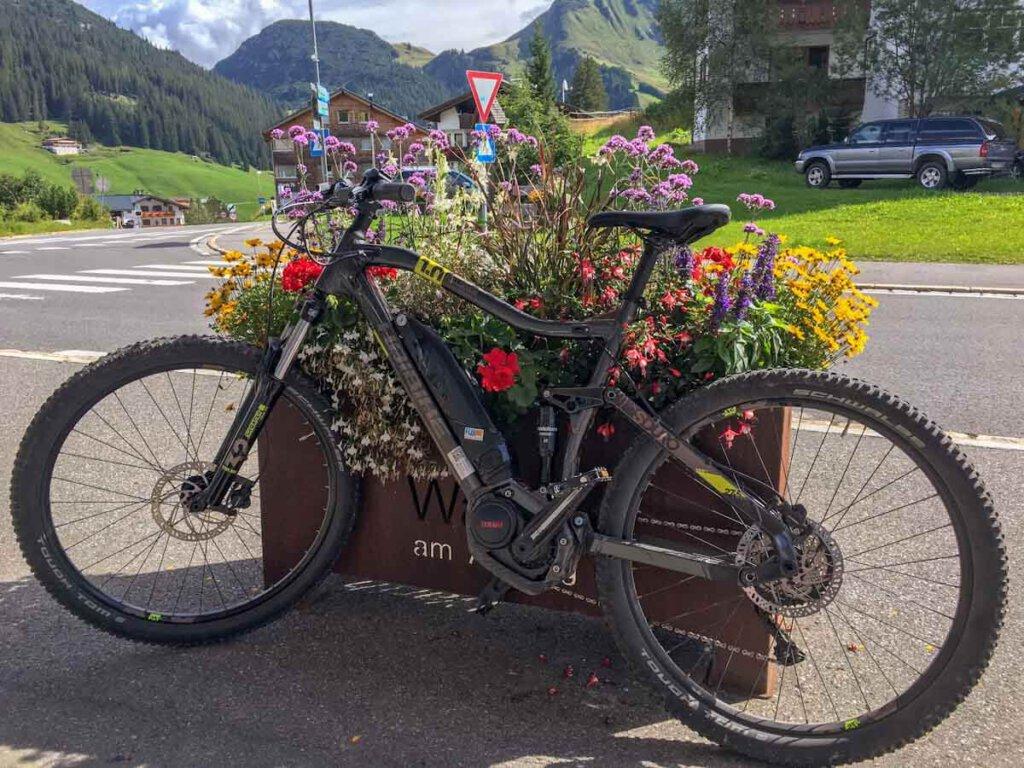 E-Mountainbike-Fahren im Lechtal in Tirol