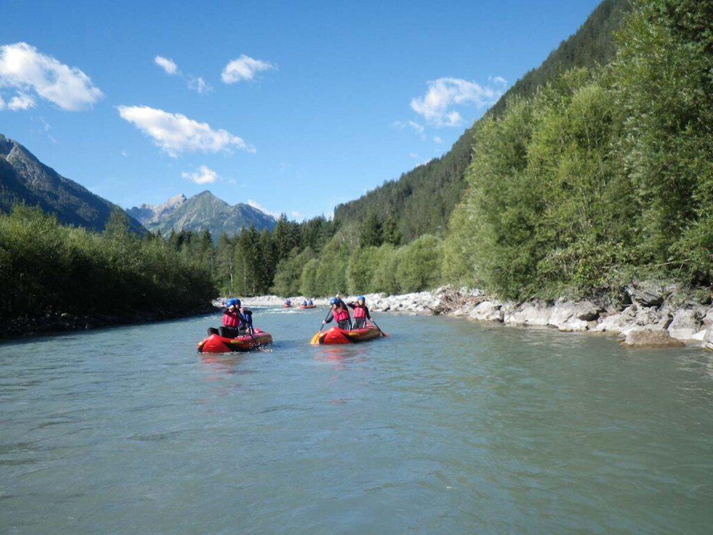 Outdoor-Erlebnis wie in Kanada: Wildwasser-Rafting auf dem Lech