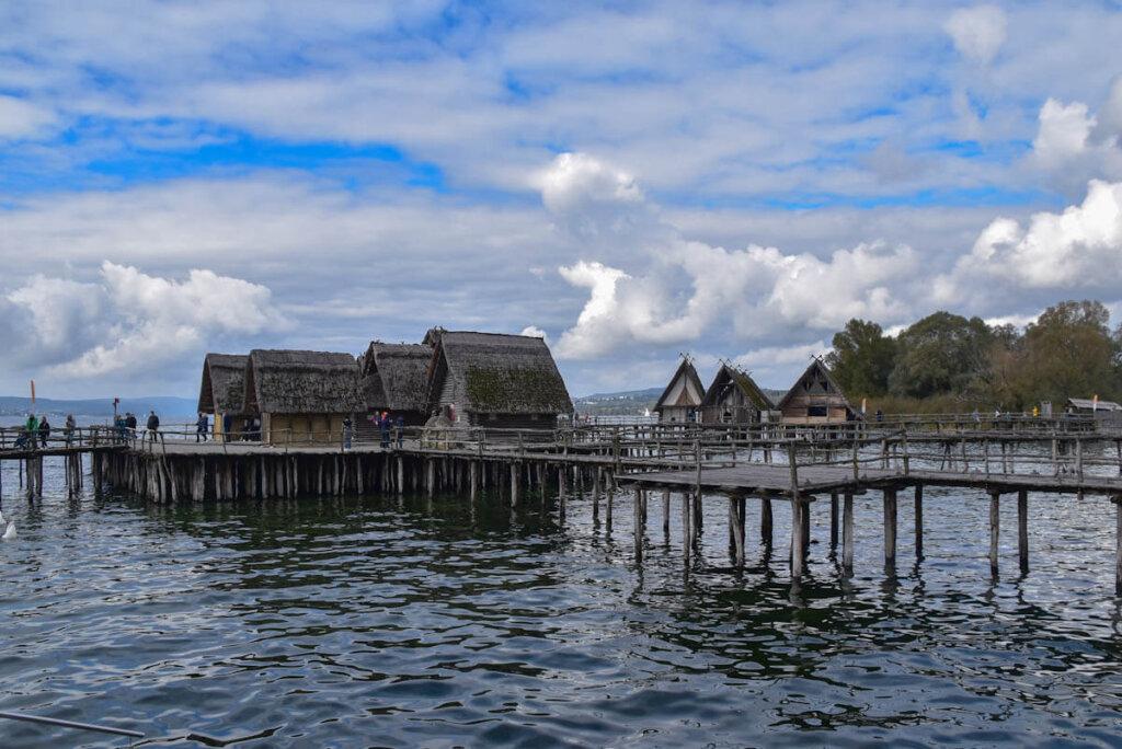 Die Pfahlbauten zählen zu den Top Sehenswürdigkeiten am Bodensee