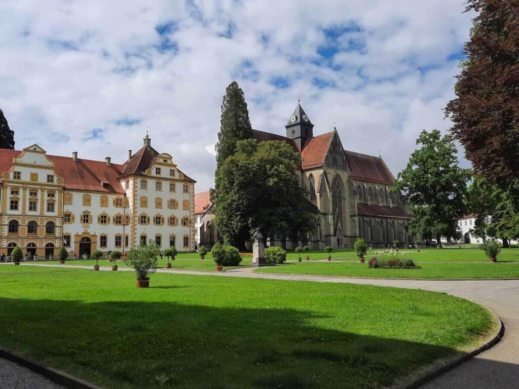 Historische Bodensee Sehenswürdigkeit: Das prächtige Kloster und Schloss Salem