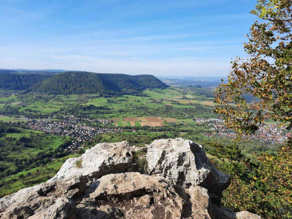 Die Schwäbische Alb bietet atemberaubende Aussichten am Albtrauf